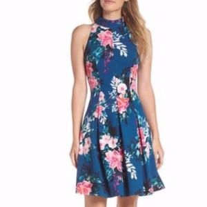 🎉HP🎉 NEW Vince Camuto Textured Fit & Flare Dress